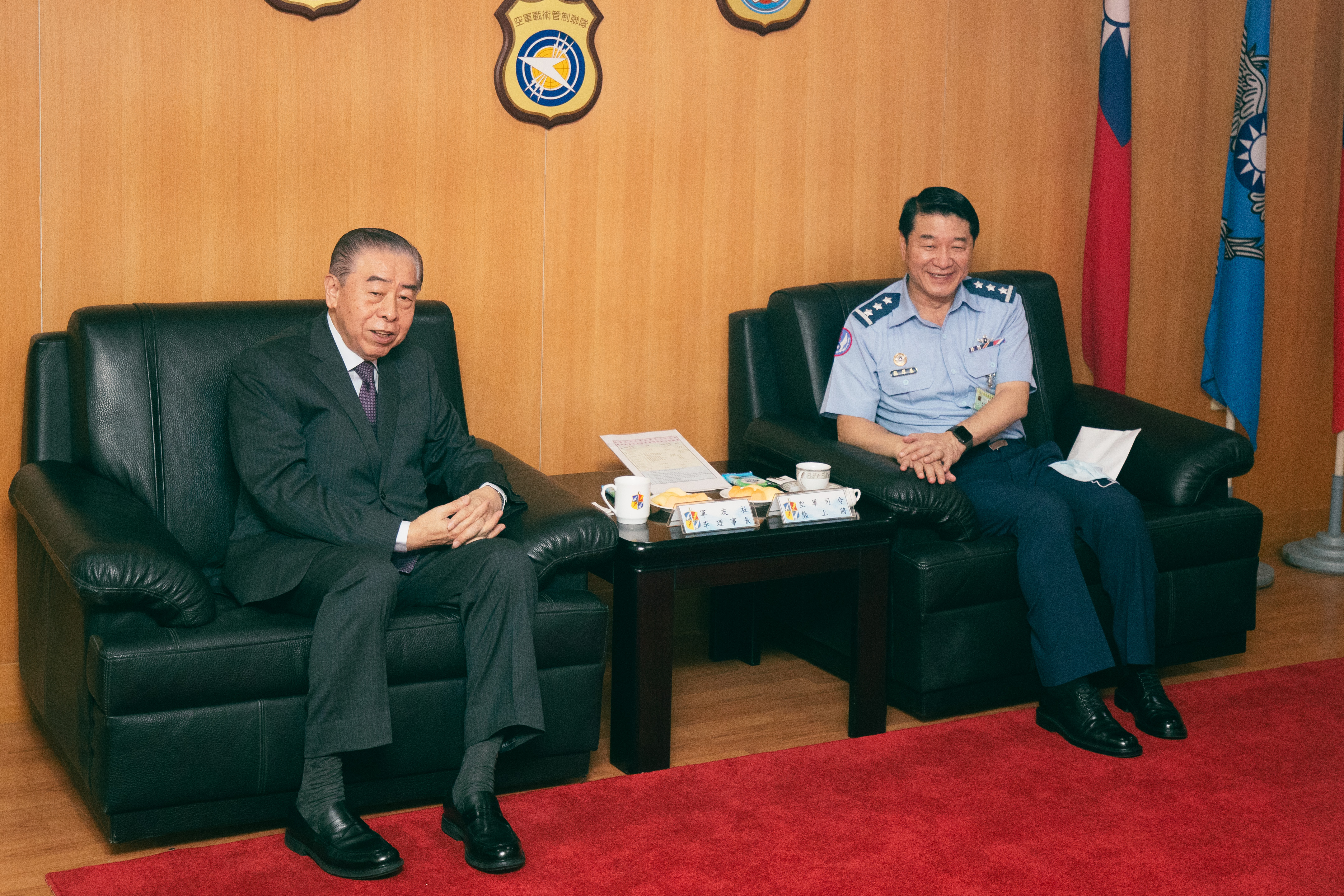 FAFA visits ROCAF Combatant Command to appreciate soldiers' endeavor