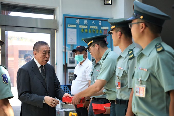 Mr. Lee, Chairman of FAFA, paid visit to Martyrs' Shrine and Wuzhi Mountain Military Cemetery