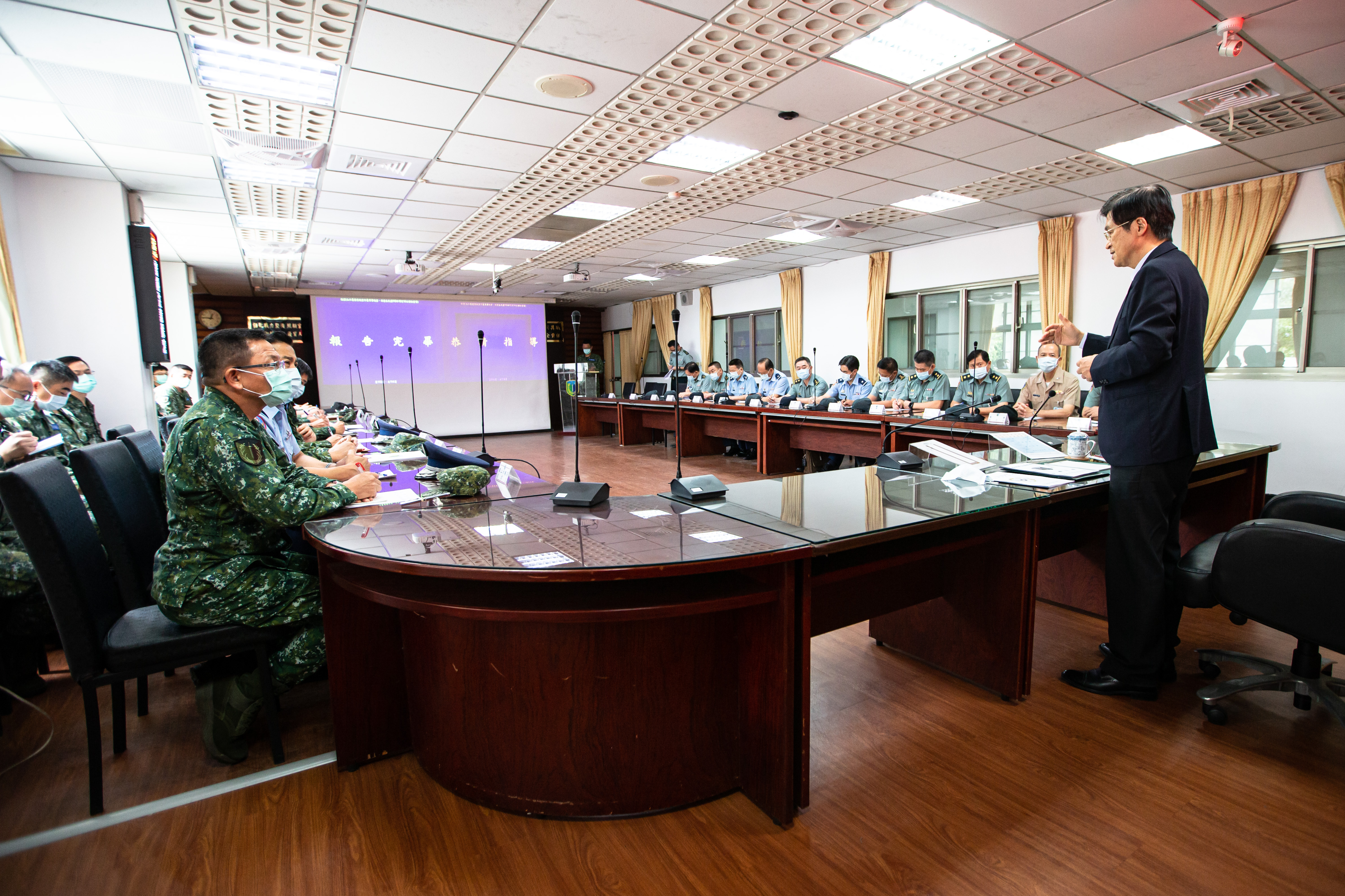 MINDEF Yen Inspects Forces of Eastern Taiwan and Encourages Troops to Fulfill Duty