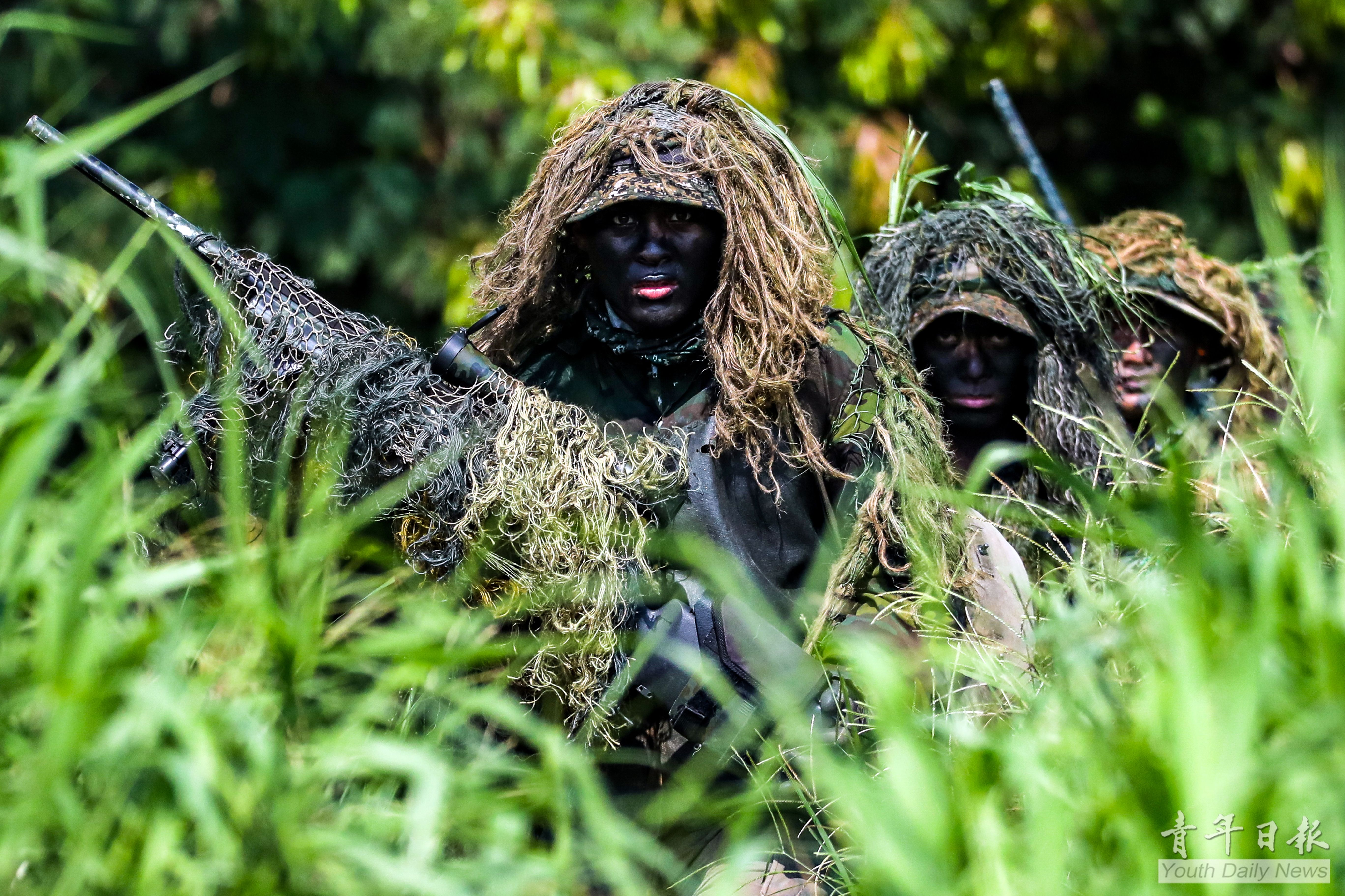 Sniper Tests with Infiltration Tactics Examines Soldiers' Insertion and Marksmanship