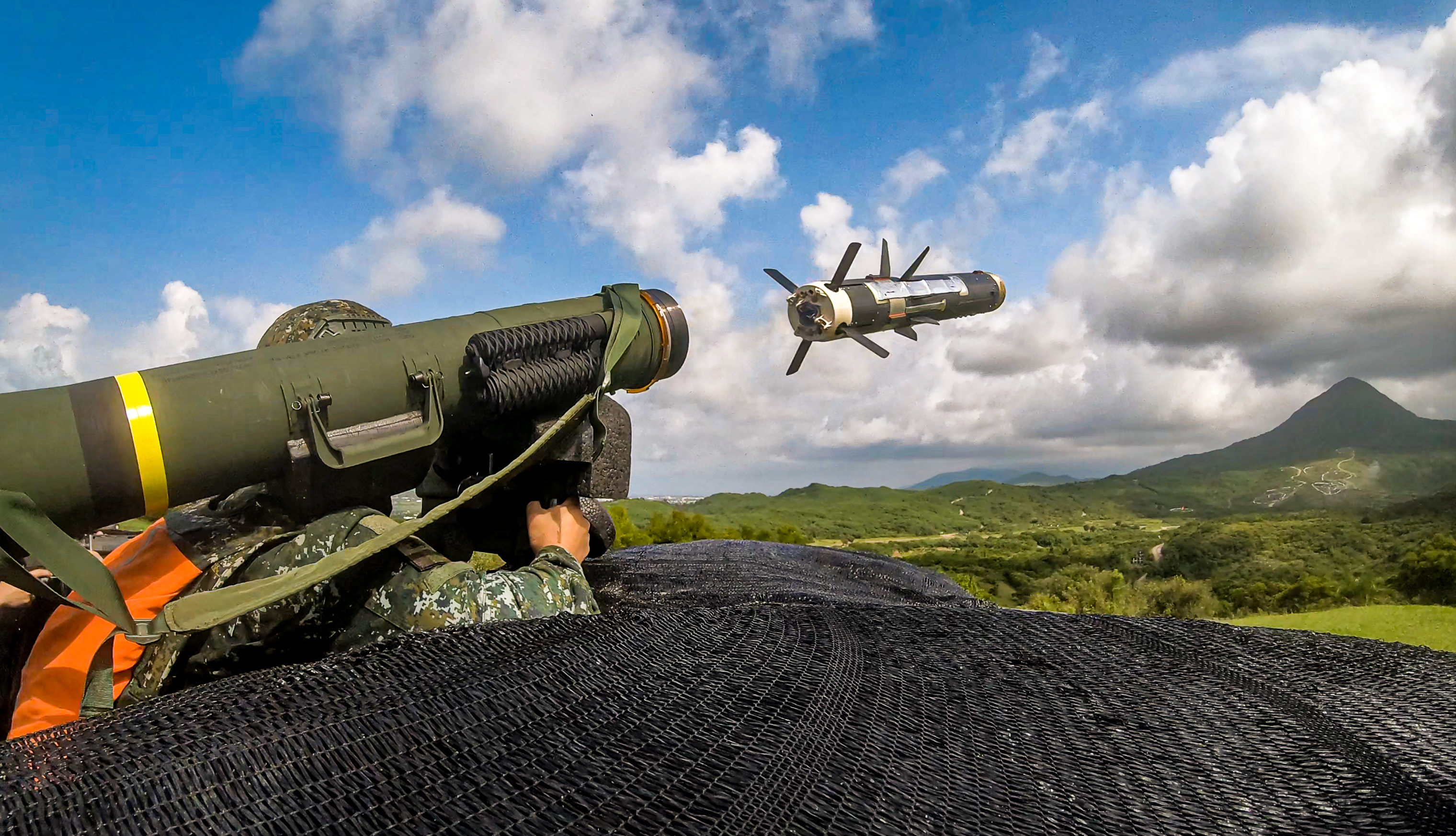 Joint Fighting Live-fire Validation Demonstrates Units' Joint Capability
