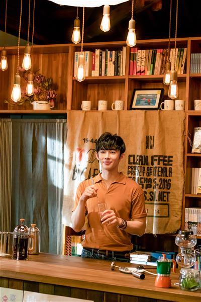 網劇《不讀書俱樂部》釜山影展雙入圍