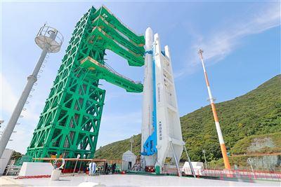 南韓火箭「世界號」整裝待發
