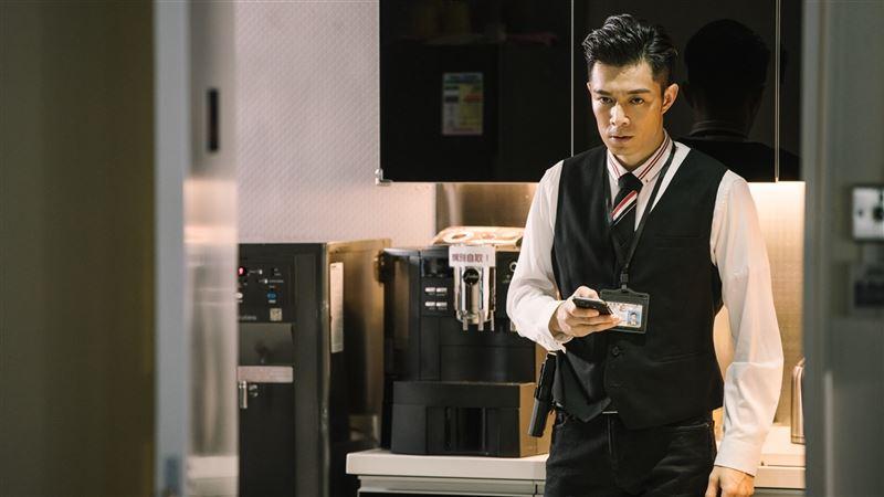 黑白兩道各自佈局制衡 周柏豪呂良偉謝天華再現香港經典警匪臥底電影2