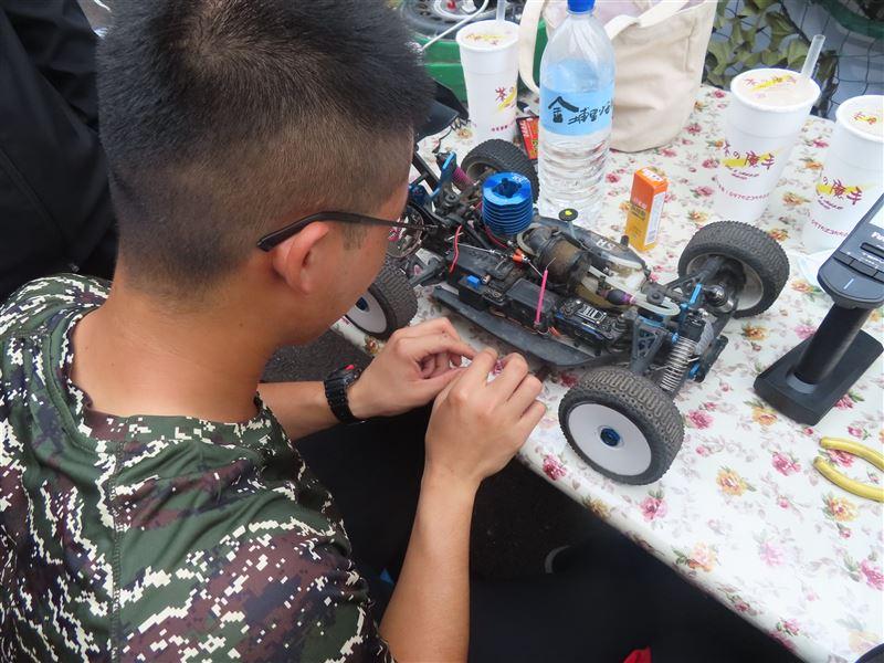 【活力國軍社團Young】海軍兩棲履保廠動力機械研習社一技在手愛車修護輕鬆搞定2