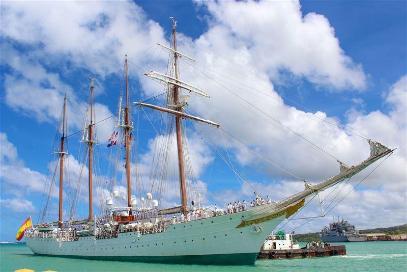西班牙訓練艦靠泊關島 紀念麥哲倫首度環球航行500周年1