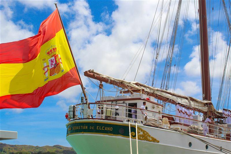 西班牙訓練艦靠泊關島 紀念麥哲倫首度環球航行500周年2