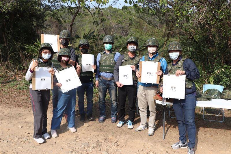 高中生實彈射擊體驗 增進全民國防意識2