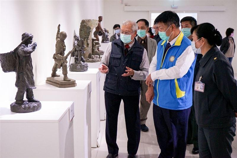 李文忠訪視政戰學院文化保存專案1