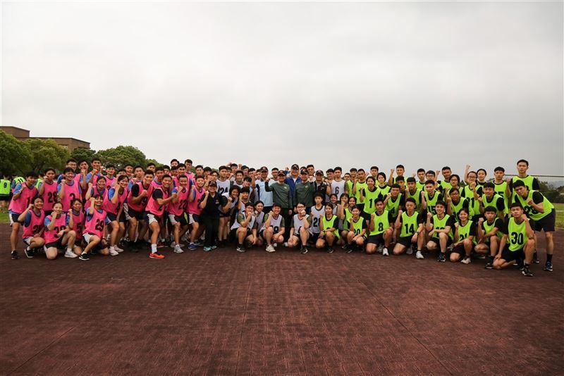 王信龍肯定校慶體育競賽選手表現2