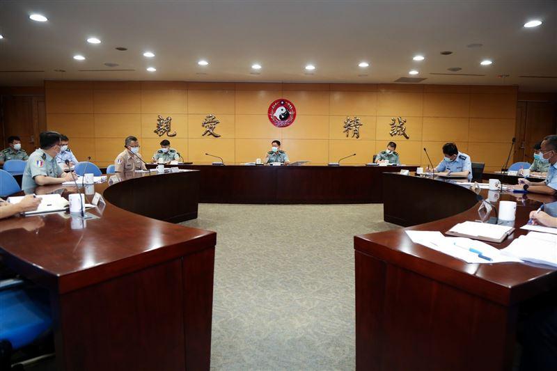 王信龍期許擴充圖書資源 滿足教研需求2