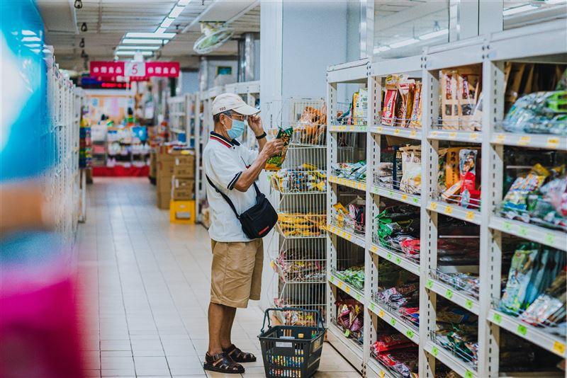 超商、賣場加強3大管制嚴控人流4