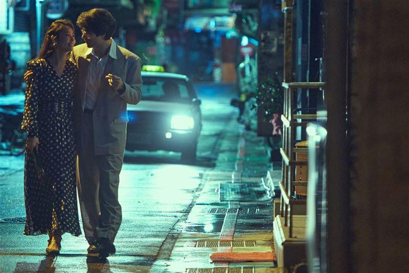 《華燈初上》釋出最新劇照 豪華復古風直逼時尚大片2
